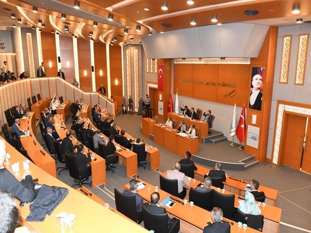 Arsa Vakıf'ta, AKP'li üyeler ise sınıfta kaldı