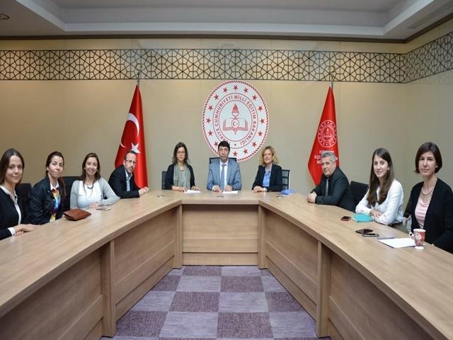 Esenyurt'ta Türkçe Kitap Okuma ve Yazma Yaygınlaşacak