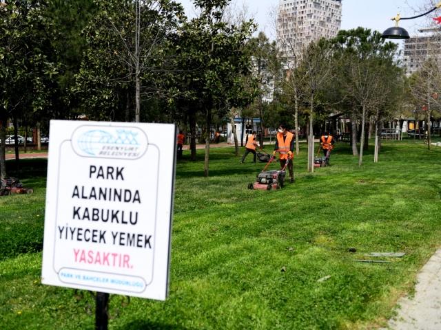 Esenyurt'ta Park ve Bahçeler Yaza Hazırlanıyor