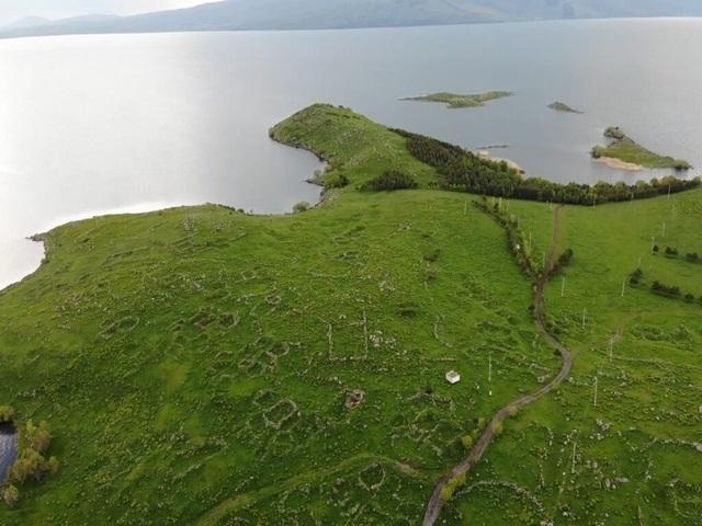 Ardahan'da 10 bin yıllık tarihiyle Akçakale Adası!