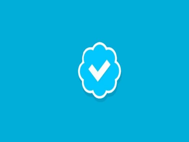 Twitter mavi tik başvurularını durdurdu!