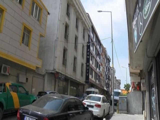 Esenyurt'ta otelin 3'üncü katından düşen kişi hayatını kaybetti