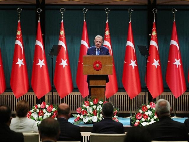 Cumhurbaşkanı Erdoğan duyurdu: Aşı olmayanlarla ilgili yeni karar