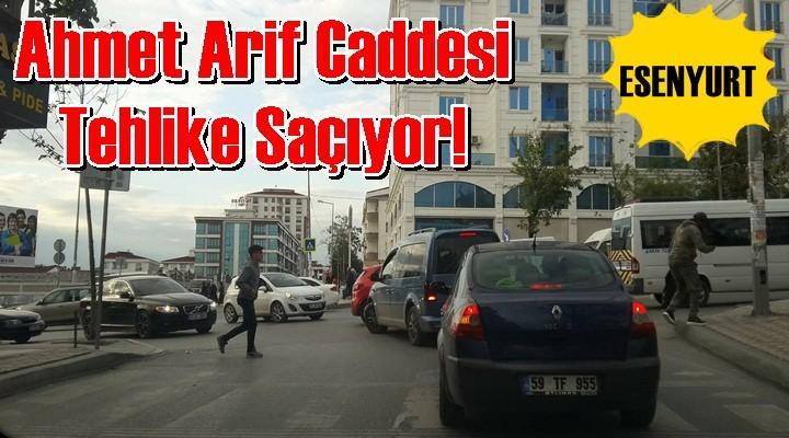 Ahmet Arif Caddesi Tehlike Saçıyor!