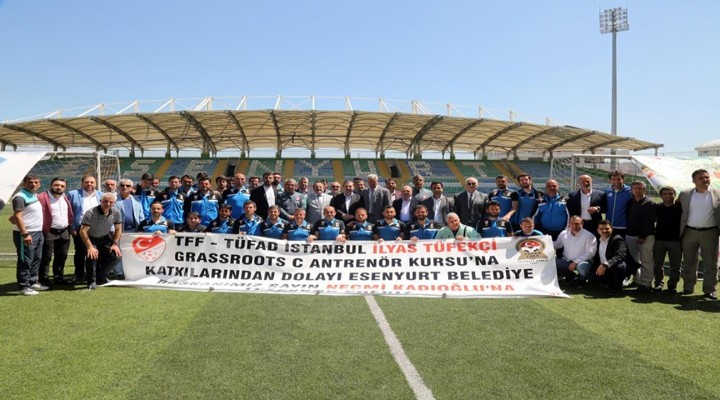 Necmi Kadıoğlu Stadyumu Antrenörler Kursu'na ev sahibi oldu