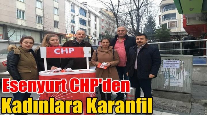 Esenyurt CHP'den Kadınlara Karanfil