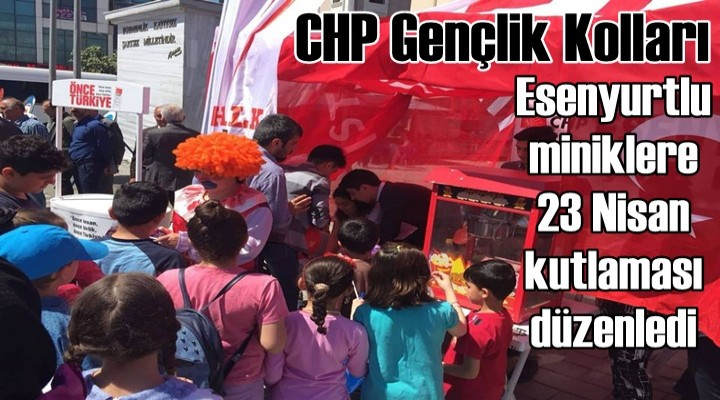 CHP'li gençler, Esenyurtlu miniklere 23 Nisan kutlaması düzenledi