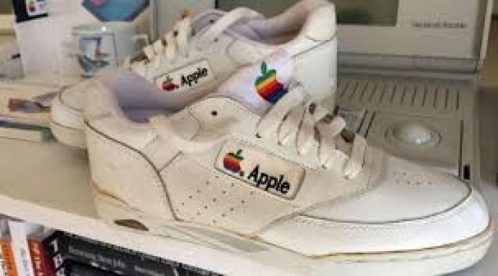 Apple efsanesi 15 bin dolara alıcı buldu