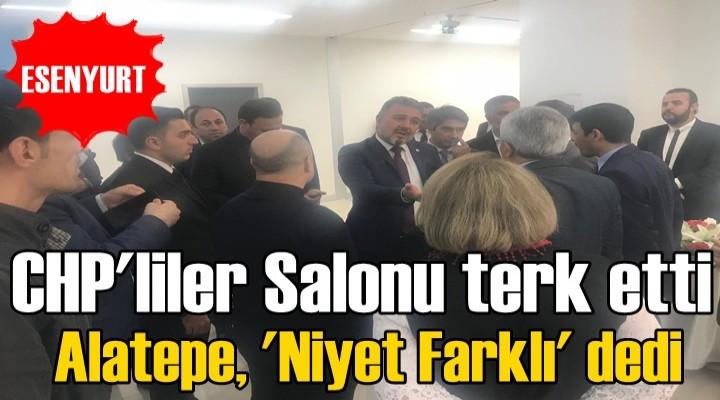 CHP'liler bekletildikleri için salonu terk etti