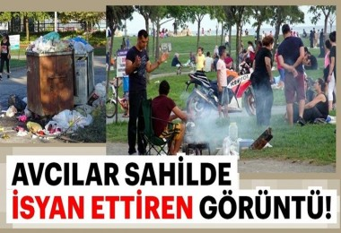 Avcılar sahilinde çöp yığını! Çevreciler isyan etti!