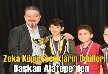 Esenyurt'ta zeka küpü çocukların ödülleri Alatepe'den