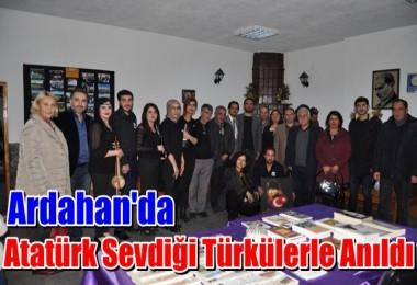 Atatürk Sevdiği Türkülerle Anıldı
