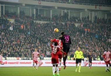 Sivasspor Galatasaray'ı perişan etti