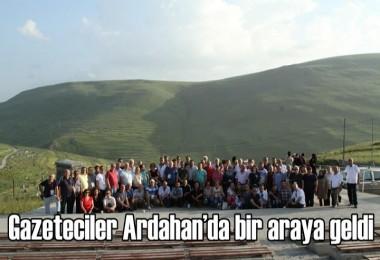 Gazeteciler Ardahan'da bir araya geldi