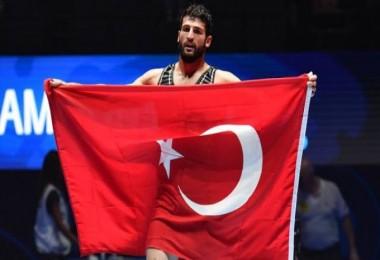 Tarihi Başarı! 'Dünya Şampiyonu' oldu