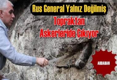 Rus generalin mezarından üniformalı yeni iskeletler çıktı