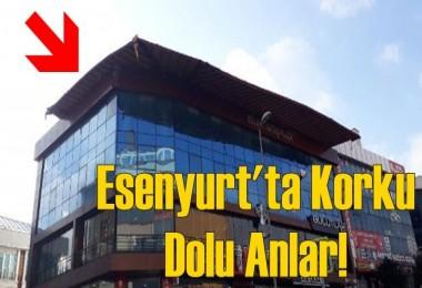 Esenyurt'ta iş merkezinin çatısı kaydı