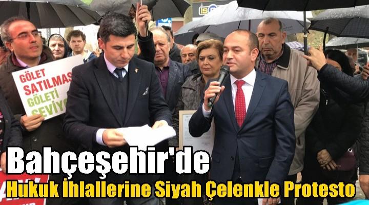Bahçeşehir'de Hukuk İhlallerine Siyah Çelenkle Protesto