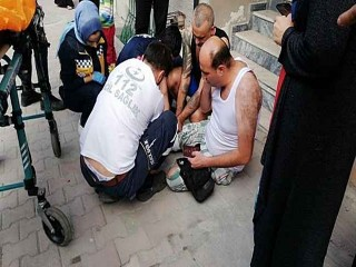 Esenyurt'ta yabancı uyruklu adam ev arkadaşı tarafından bıçaklandı