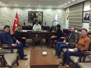 Efes Selçuk'tan Ardahan Belediyesi'ne destek