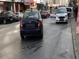 Esenyurt'ta genç kıza araba böyle çarptı!