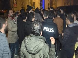 Esenyurt'ta taksicilerle turizm şoförleri arasında kavga: Çok sayıda gözaltı
