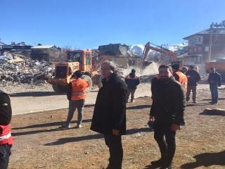 Turan Hançerli, Deprem Bölgesi Elazığ'da