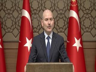 Bakan Soylu Türkiye'den ayrılan son göçmen sayısını açıkladı