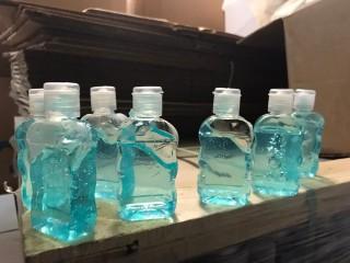 Esenyurt'ta 15 bin şişe sahte dezenfektan ele geçirildi