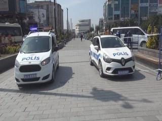 Esenyurt'ta Polisten Arapça 'Evde Kalın' Çağrısı