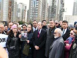 Vekil Hamzaçebi ve Başkan Bozkurt Esenyurt'ta konut Mağdurları ile görüştü