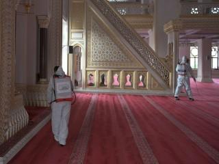 Esenyurt Belediyesi camileri İbadete hazır hale getirdi