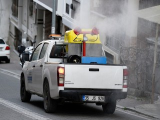 Esenyurt Belediyesi Haşereye karşı her yeri ilaçlıyor