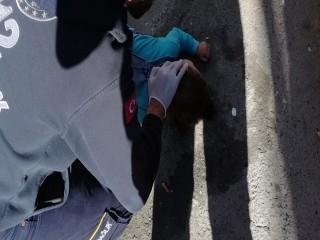 Esenyurt'ta 15 aylık bebek 3'üncü kattan düştü