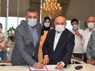 Esenyurt Belediyesi ve Hizmet- İş Sendikası Toplu iş sözleşmesini imzaladılar