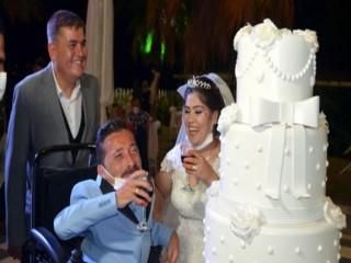 Esenyurt'ta 'İmkansız' denen evlilik gerçekleşti!