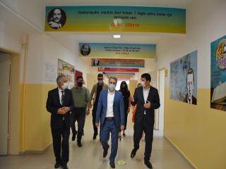 Esenyurt'ta 127 derslik proje öğrencilere kazandırıldı