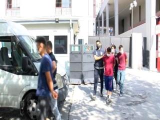 Esenyurt'ta zabıtalarla kavga eden 7 kişi adliyeye sevk edildi