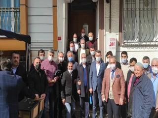 Esenyurt Ak Parti Gara Şehitleri için lokma dağıttı