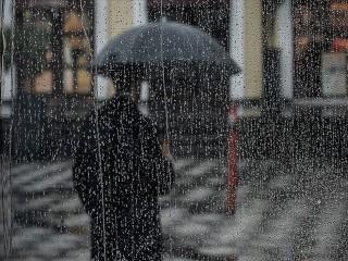 İstanbul Valiliğinden uyarı: Kuvvetli Rüzgar ve yağışlı hava geliyor
