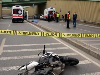 Avcılar'da feci kaza! Motosikletteki 19 ve 15 yaşındaki 2 genç hayatını kaybetti