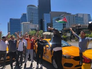 Esenyurt'lu Taksicilerden konsolosluk önünde İsrail protestosu