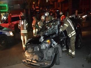 Esenyurt'ta şampiyonluk kutlamasında kaza: 2'si ağır 5 yaralı