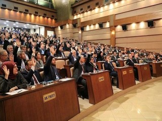 İSKİ'nin su zammı teklifi İBB Meclisinde reddedildi