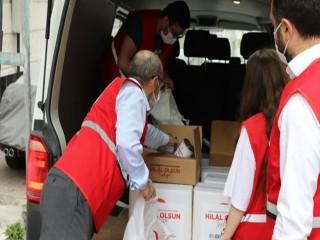 Türk Kızılay Esenyurt Şubesi ramazanda 1300 yetime yardım ulaştırdı