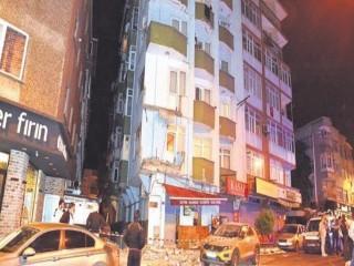 Avcılar'da Bir binada tahliye skandalı: Vatandaş isyan etti!