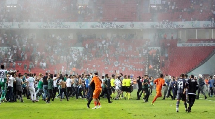 PFDK'dan Konyaspor'a 5, Beşiktaş'a 1 maç ceza